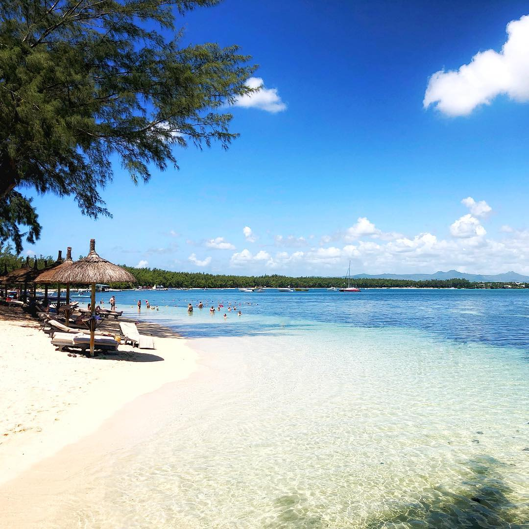 La Pointe aux Canonniers Holidays : | All Inclusive Packages